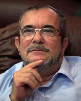 Imagen de archivo del máximo líder de la guerrilla de las FARC, Rodrigo Londoño, en La Habana