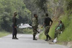 Imagen de archivo de unos guerrilleros de las FARC en Caldono, Colombia